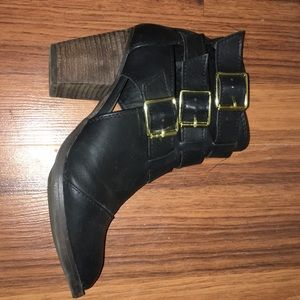 Faux leather heeled booties
